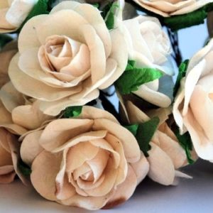 5 Lovely Ivory Roses, 40mm