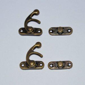 Antique Brass Hook Locks (2 Stk.)